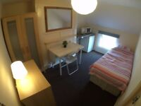 Room to Rent, Single Bed, Shared Kitchen and Bathroom, Central to Reading