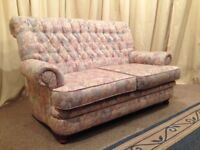 Sofa Floral 2 Seater Sofa - High Back Settee - Chesterfield Style