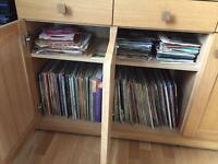 100+ vinyl records, classical, Polish, etc. music