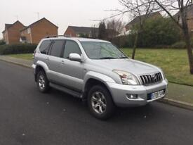 TOYOTA LAND CRUISER INVINCIBLE 8 SEATER LOW MILES.