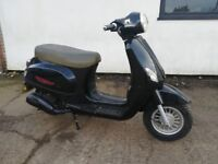 Direct bikes 125cc retro style scooter (2012) delivery available