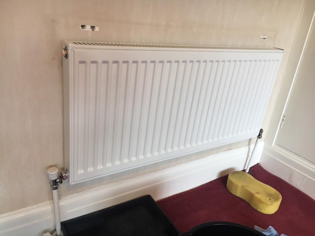 100 x 45 cm radiator - used but in excellent condition