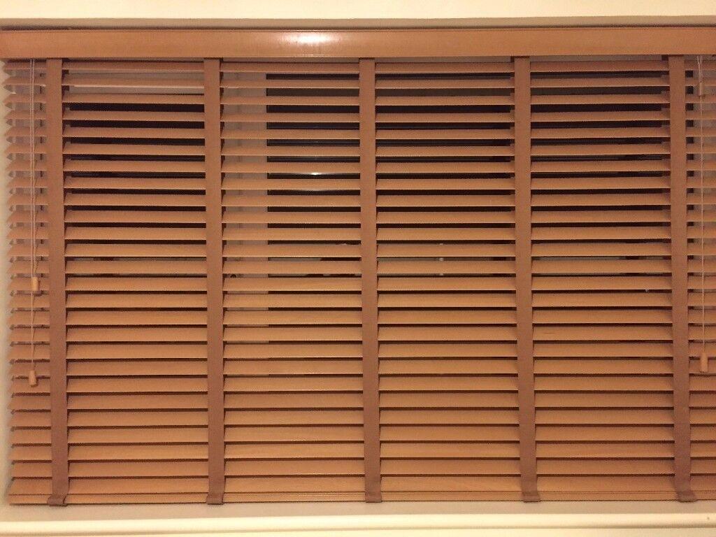 Sunwood Honey Wooden Venitian Blind (New - In Box) 182WX112D