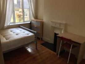 Perfect room for single person on Old Kent Road close to Elephant Castle Borough Tower Bridge