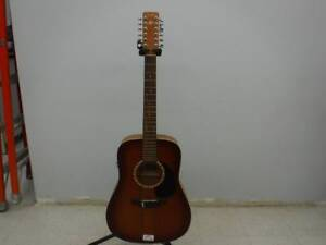 Art & Lutherie Acoustic Guitar 12 Cedar. We Buy and Sell Used Musical Instruments. 116061 CH619404
