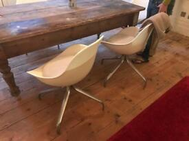 Dining chairs x 4 white retro metal base and cushions