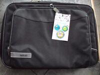 "Laptop Case - designed for a 15.6"" laptop £5"