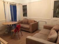 Looking for one house mate to share this property in Brynmill. 2 minutes to singleton university!