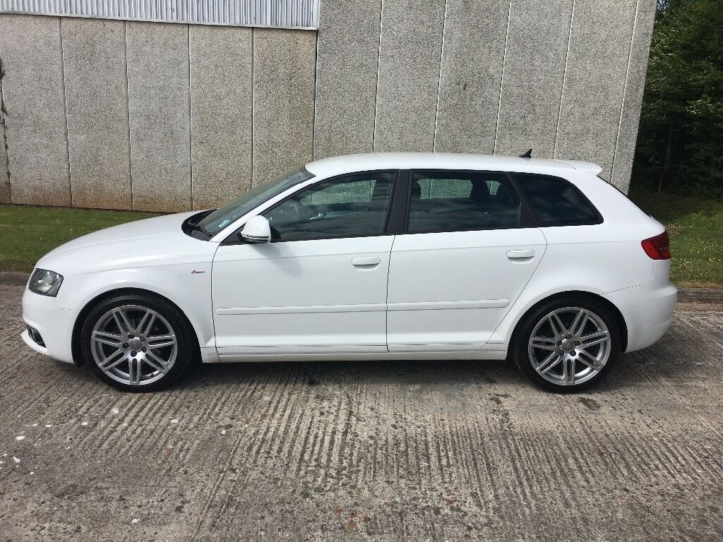 audi a3 2010 1 6 tdi s line sportback 5dr white in yate bristol gumtree. Black Bedroom Furniture Sets. Home Design Ideas