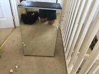Mirror bathroom cabinet