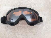Snowboarding Black Frame Amber Color Uni Lens Goggles (x 1)