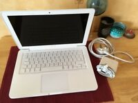 Apple MacBook Unibody 13 inch Mid 2010 6GB RAM 500GB Geforce 320 High Sierra