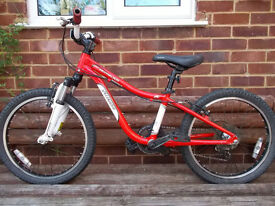 Red /White Specialized hotrock 20'' bike