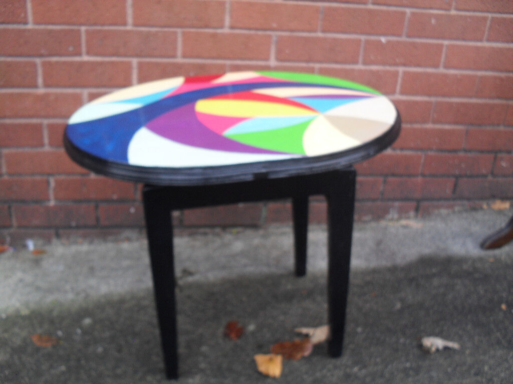 Hand crafted Art Deco Round Table