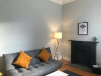 Lovely sunny 1/2 bedroom flat. Great location with views across the Meadows. GCH, Fully furnished