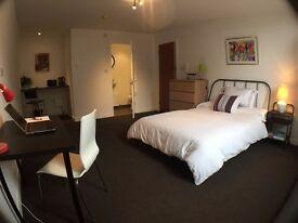 Refurbished, high quality, ensuite rooms inc bills