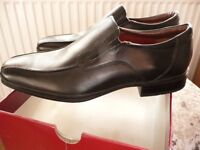 MENS BRAND NEW IN BOX LEATHER FORMAL SHOES SIZE 9 UK