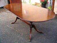 Extending dining table mahogany max. 8-seat C. & J. BROWN OF NEWINGTON (HOUSE FURNISHERS)