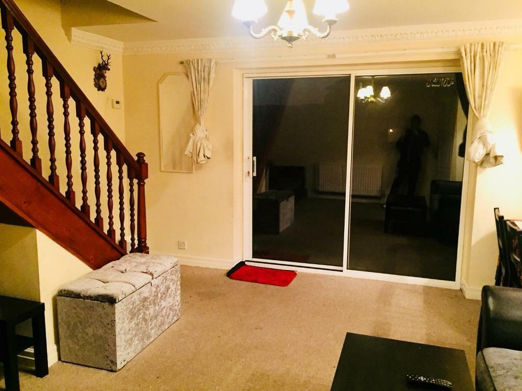 Excellent 3 Bedroom House To Rent Walsall In Walsall West Midlands Gumtree Home Interior And Landscaping Ologienasavecom