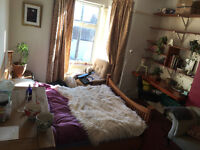 Double room in beautiful Montpelier house