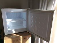 Counter top freezer, table top, great condition, fully working order