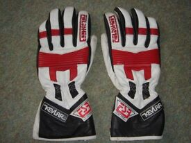 Red, white and black leather Fieldsheer motorcycle / motorbike gloves with Kevlar.
