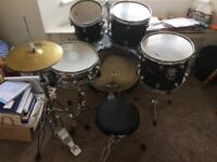 Adult Drum kit + accessories