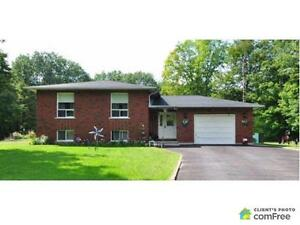 $255,000 - Bungalow for sale in Smiths Falls