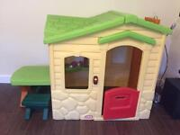 OFFERS Little Tikes Picnic On The Patio Playhouse