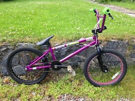 BMX Sarasen Amplitude Wave. £80. Can deliver. Suit 10 year old up. Great for summer fun!