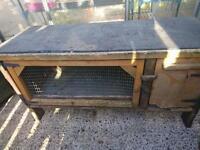 Rabbit/Guinea Pig/Ferret Hutch