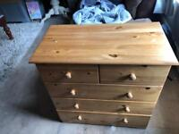 Solid pine Chest of drawers!!