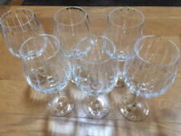 Williams Sonoma Set Of 6 Dorset Crystal Red Wine Glasses