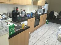Three Bed Ground Floor Flat in Chadwel Heath Including Council Tax