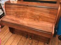 Piano walnut small style