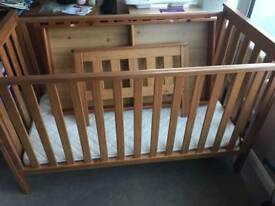 Mothercare Cotbed & Drawers