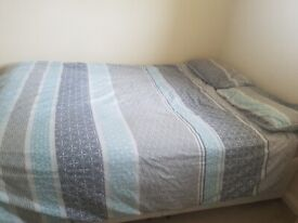 Double bed, matttess, quilt and pillows