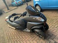 Peugeot Metropolis 400c, ride on Car Licence, mot 10/21, just had £1k wrk - ULEZ/LEZ/CON free