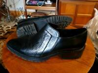 H+M blk leather shoes sz 6 worn once