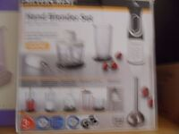 Blender with many attachments, hardly used, very good condition.