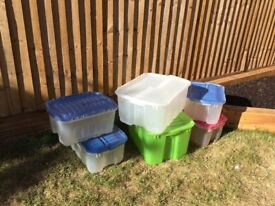 6 plastic storage crates with flap over lids