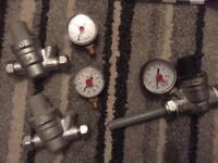Pressure reduce valves