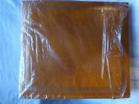 LUXURY TRADITIONAL LEATHER BOUND TAN PHOTO ALBUM-NEW