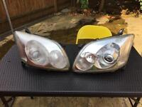 Headlights Toyota Avensis