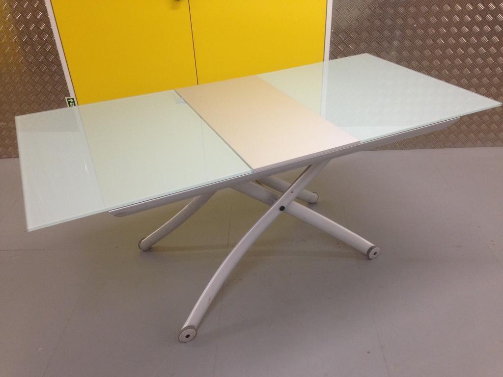 Ligne Roset Designer yo yo Coffee or dining room table - Laura ...
