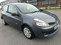 RENAULT CLIO 1.6 AUTOMATIC IN VERY CLEAN CONDITION. 1 YEAR MOT. PREVIOUS MOTs AVAILABLE. HPI CLEAR