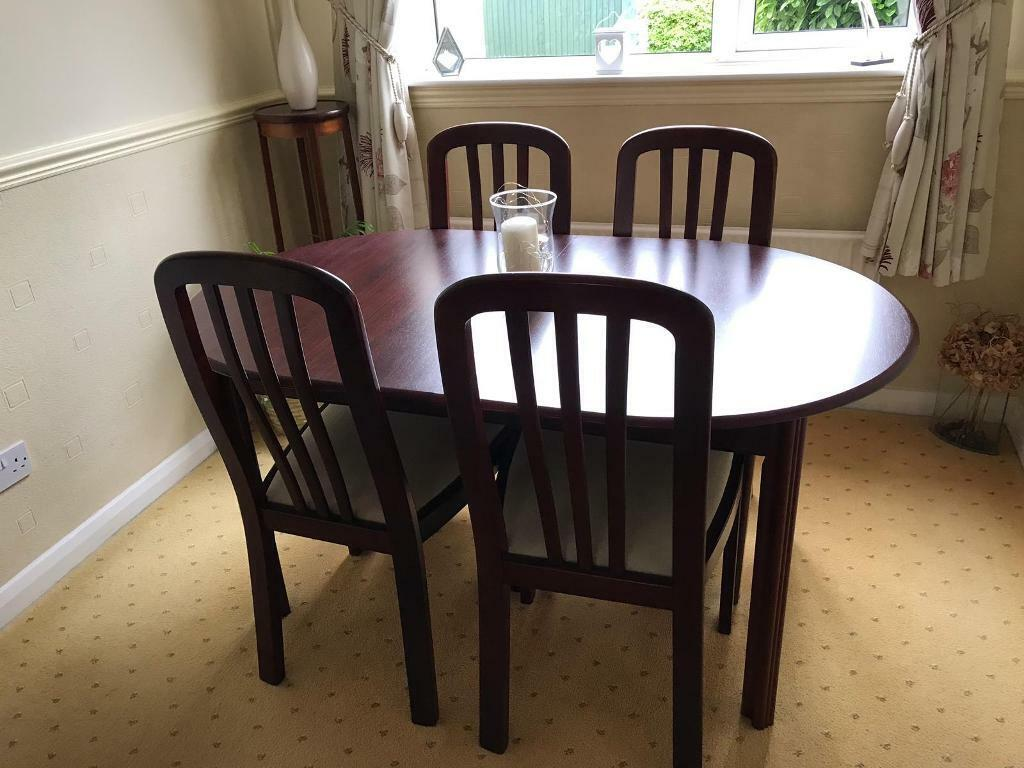 Awe Inspiring Dark Wood Extendable Dining Table And 6 Chairs In Allestree Derbyshire Gumtree Onthecornerstone Fun Painted Chair Ideas Images Onthecornerstoneorg