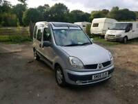 Renault kangoo 1.6L 5DR Automatic 2006 1 year mot excellent condition