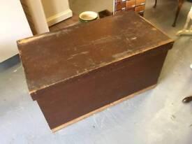 Wooden Blanket box / kist