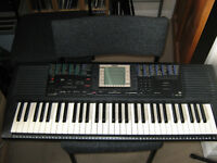 yamaha PSR330 keyboard, midi, with multi track recording + 5 tk sequencer